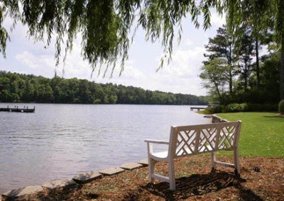 Lake_Bench_450