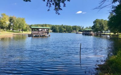 Fantastic Buy On a Lake Cove Location